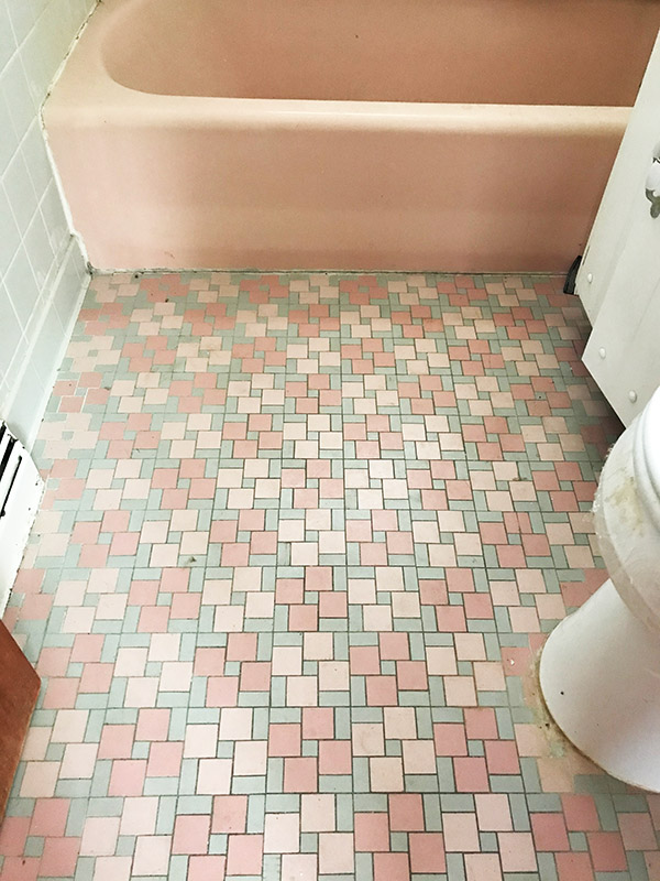 pink-bathroom-tile-and-tub-minneapolis-mn